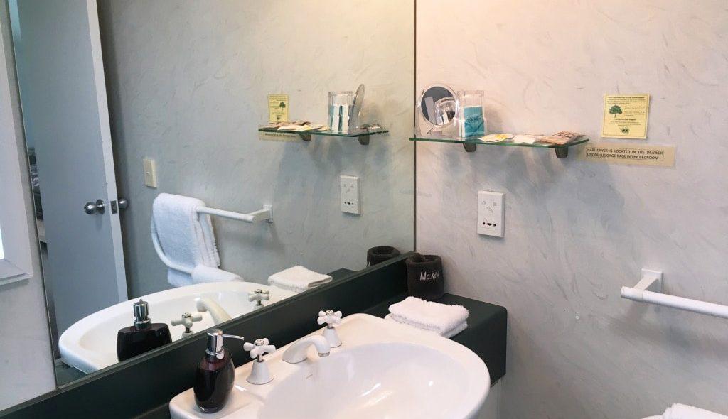 Studio-The-Bathroom-2_HI
